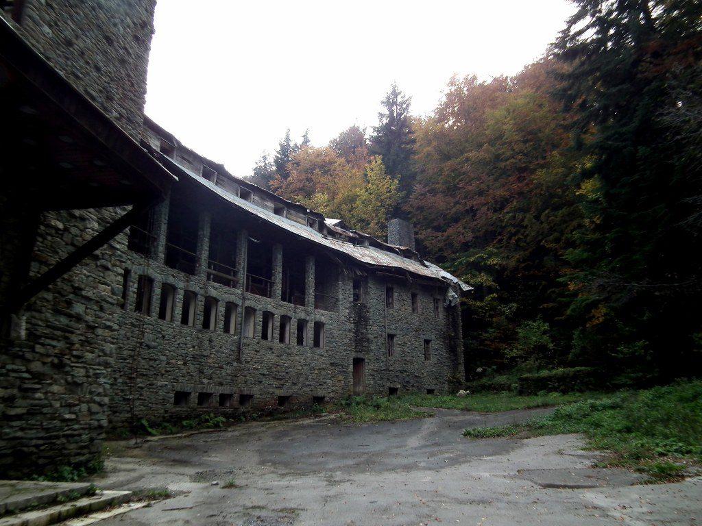 Vila Izvor, Objekt 99, Titova Vila