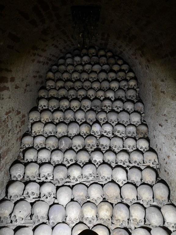 The skeletons at St. Jakuba